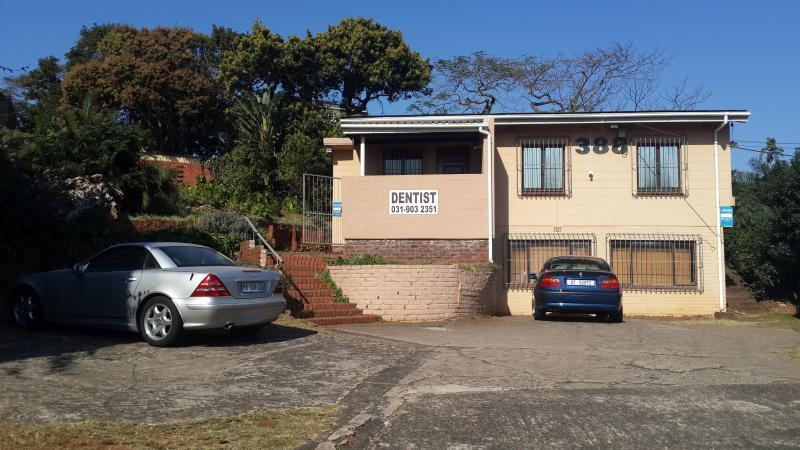 Dr L. Esterhuysen - Dentist/Dental Surgeon - Kingsway - Amanzimtoti - Durban South